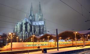 8741029727_651c225f44_Cologne-train-station