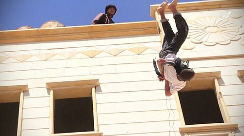 isis gay off roof photo